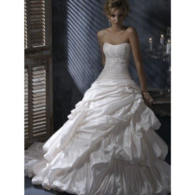 Attractive Taffeta A-line Sweetheart Spring Sleeveless Beading Empire Ivory Wedding Dresses