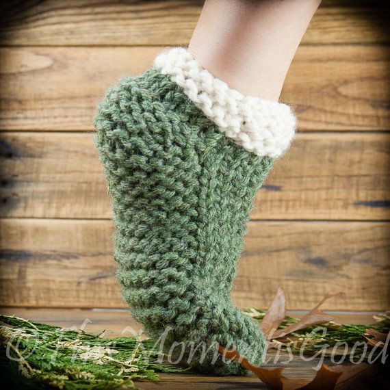 Loom Knit Slipper With Cable Pattern Clog Style Unisex