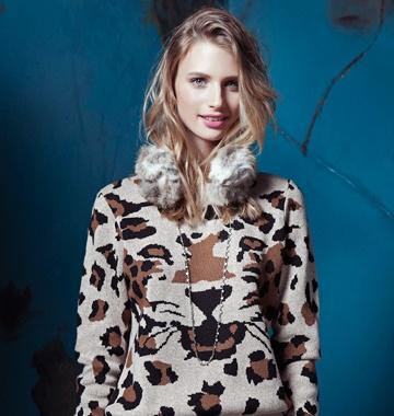 Voté por este sweater Sybilla Tigre en Moda VS. Moda de Falabella. Vota y podrás ganar una Gift Card de $40.000