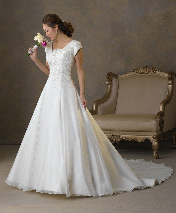66 best Wedding Dresses images on Pinterest | Wedding dressses ...