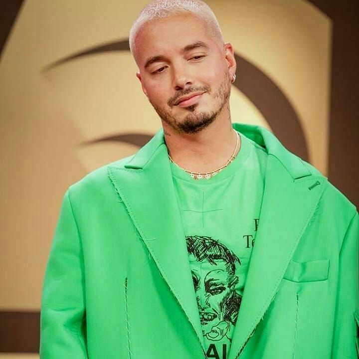 Pin By Malumaa On J Balvin In 2020 Mens Tops Tops Fashion