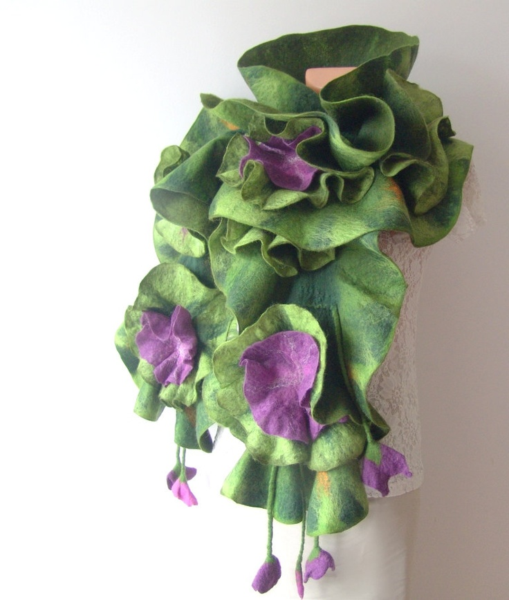 Felted  ruffle scarf  collar - Green Purple flower. 87.00 beautiful