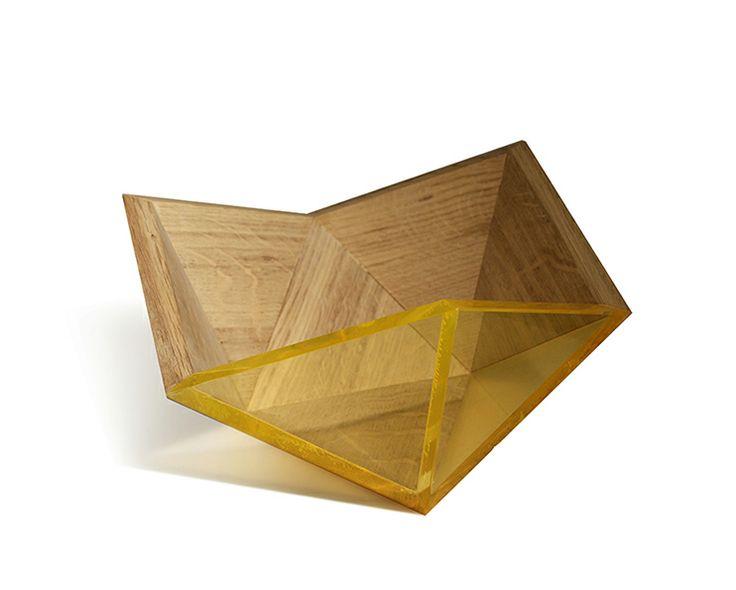 PRECIOUS, art de la table en chêne massif et plexiglas soc ESTAQUE, est l'un des 5 projets menés au sein d'Impulsion - Midi Pyrénées Bois.