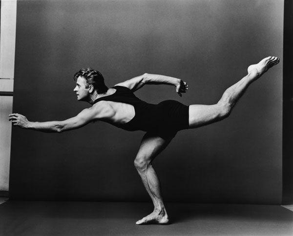 Mikhail Baryshnikov Annie Leibovitz - Photo Gallery | American Masters | PBS http://en.wikipedia.org/wiki/Annie_Leibovitz