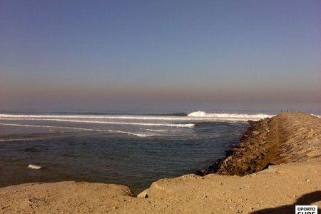 Empty line up secret spot | Oporto South