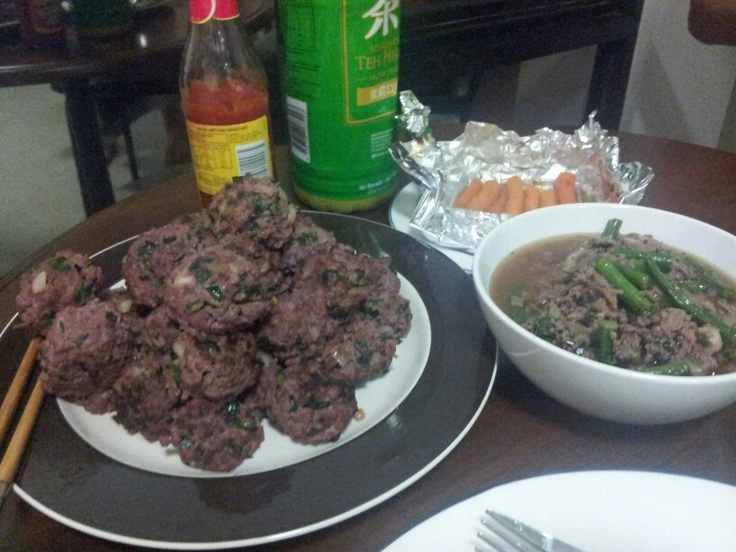 Kangaroo meatballs, mince kangaroo sauce and roasted honey baby carrots.