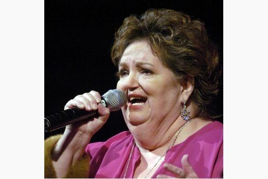 Rita MacNeil, Cape Breton's first lady of song, dies at age 68 #music #sing #Canada
