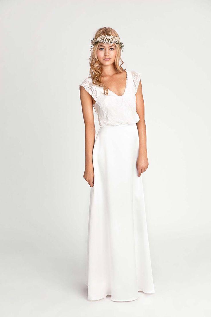 Für zarte Bohemian-Bräute: Die Brautmoden-Kollektion 2016 von Soeur Coeur @Soeur Coeur http://www.hochzeitswahn.de/inspirationsideen/fuer-zarte-bohemian-braeute-die-brautmoden-kollektion-2016-von-soeur-coeur/ #weddingdress #dress #style