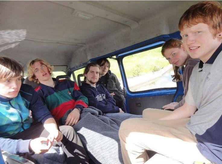 Osterskov boarding school DK - On a trip to play injured in a car accident, to help security professionals with their education