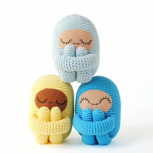 Amazon.com: Mini Gang Amigurumi Crochet Pattern (Easy Crochet Doll ... | 600x600