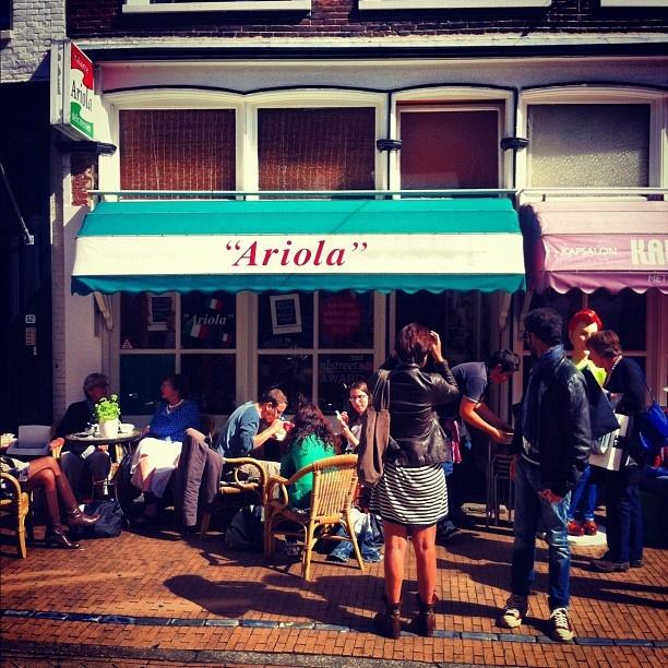 'Ariola' delicatesse