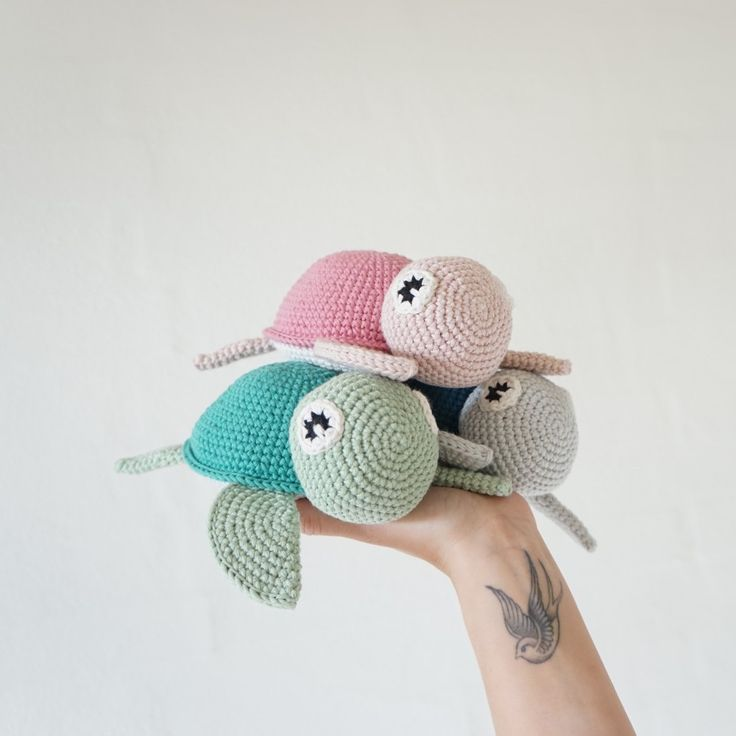 "FREE English crochet amigurumi ""Turtle"" pattern by Vibemai"