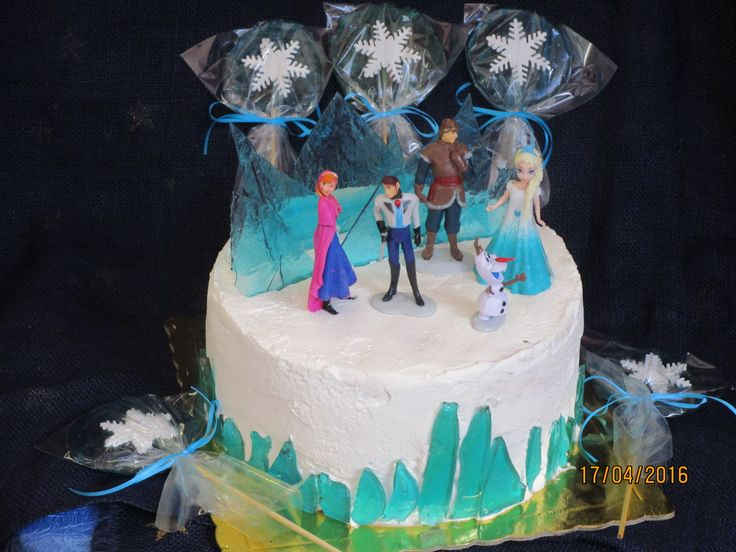 Frozen birthday cake and hand made lollipops