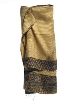 Kaitaka huaki (cloak with double täniko borders) - Collections Online - Museum of New Zealand Te Papa Tongarewa