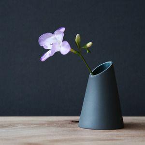 Image of Vase #3 by Jill Shaddock.