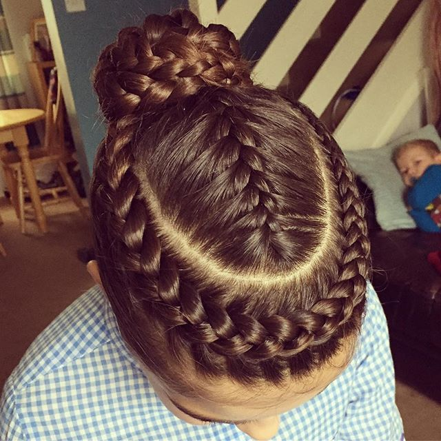 The stunning Holly ready to compete today. X #hairbyjules #hair #hairstyles #dutchbraid #frenchbraid #braid #braids #braidedbun #braidedupdo #braidedhair #gymnastics #gymnast #competition