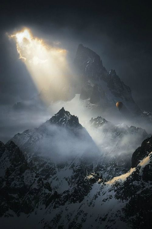 "ilaurens: ""To the Threshold of Silence – By: (Karezoid Michal Karcz) "" Schön dramatisch …"