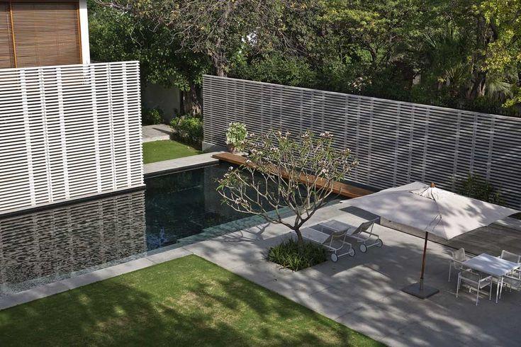 ernesto bedmar architects / amrita shergil marg residence, delhi