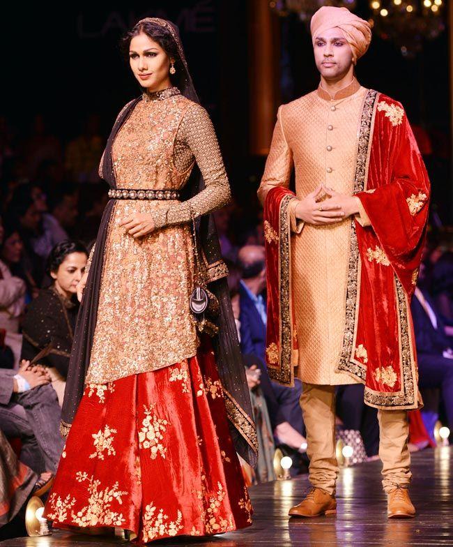 Sabyasachi Mukherjee https://www.perniaspopupshop.com/designers-1/sabyasachi presented a stunning Royal Collection @ the Grand Finale of Lakme Fashion Week Winter / Festive 2013 | Photo: Yogen Shah