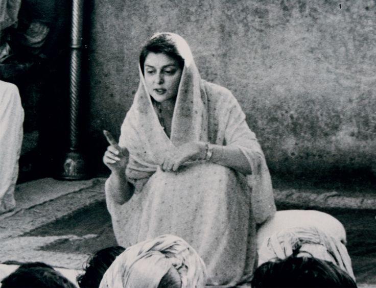 "maharani gayatri devi Rajmata of jaipur - maharani gayatri devi gayatri devi, known as maharani gayatri devi was lovingly called as the ""rajmata of jaipur"" she was born as princess gayatri devi of cooch behar district that is located towards the north-east area of west bengal, india maharani gayatri devi was the 3rd queen (maharani) of jaipur starting."