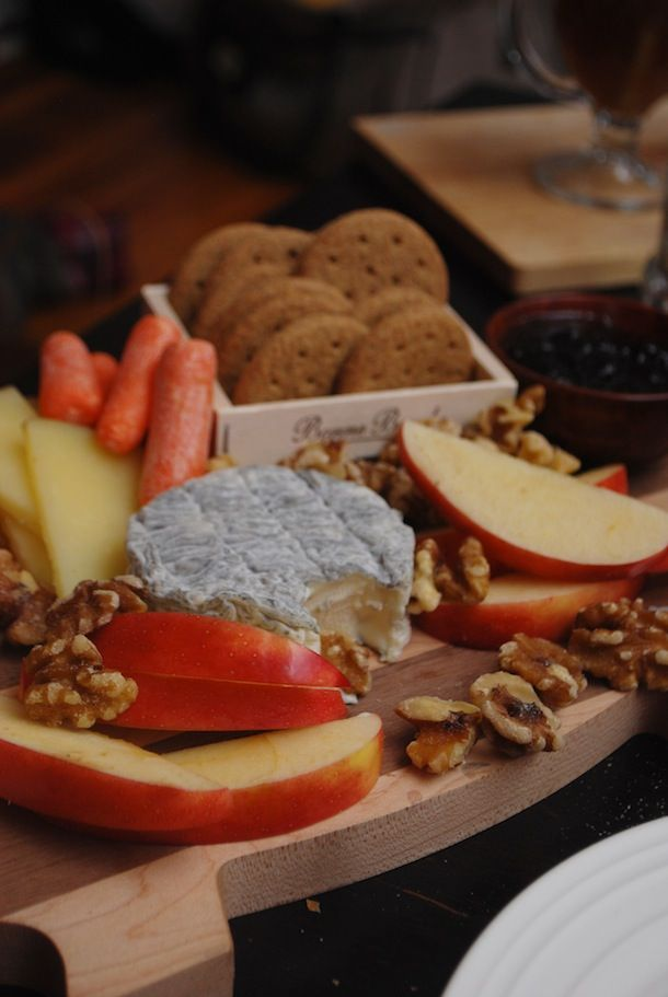 a fall-themed cheese board #partycrafters