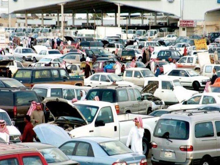 توقعات بانتعاش سوق السيارات السعودية بعد السماح للنساء بالقيادة القاهرة مصراوي قد يسهم القرار الذي اتخذته السعودية برفع الحظر المفرو Car Car Prices Vehicles