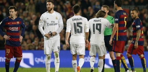 Tekuk Real Madrid, Barcelona Raup 75 Poin
