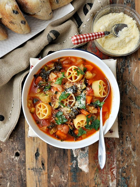Minestrone with Borlotti, Fennel & Kale