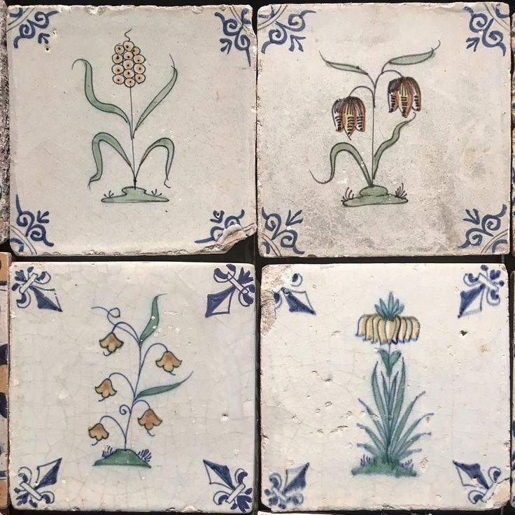 Floral design on Delft wall tiles, 18th century Wall