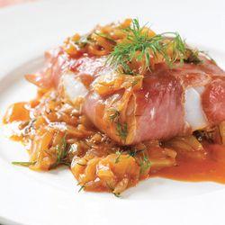 Kabeljauwhaasje met rauwe ham en uit witlofsalsa