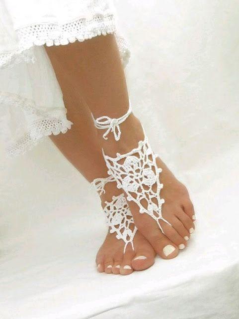 Fashion Designer  By Sema Irmak: Sahillerde...  ayaklarda   yeni   trend