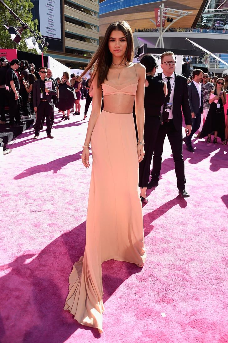 Pin for Later: Zendaya Pops Up at the Billboard Music Awards, Was Possibly Sent From Heaven