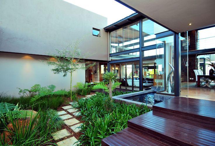 House Del | Atriums | Nico van der Meulen Architects | #Outdoors #Atrium #Spring #Green #Contemporary #Architecture