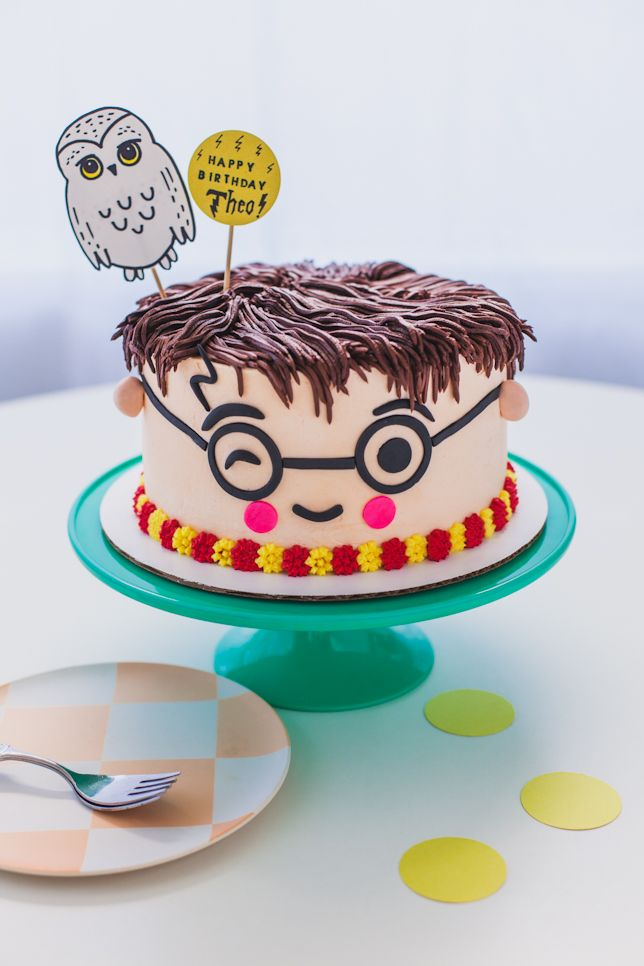 Kawaii Harry Potter Cake Tutorial By Coco Cake Land Harry Potter Birthday Cake Harry Potter Cake Cake Land