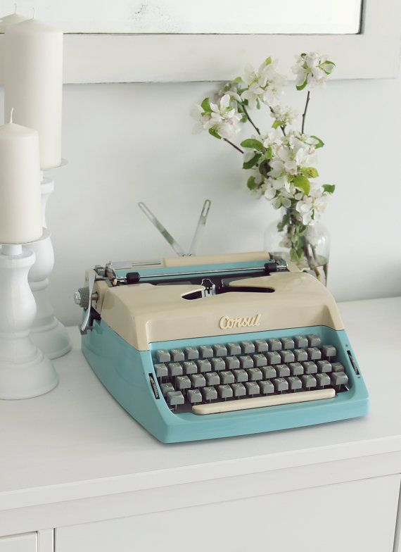 Consul working typewriter turquoise cream 60s  portable by Cottoni