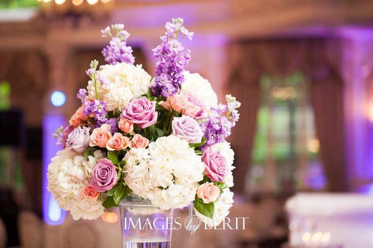 Indian Wedding at Pleasantdale Chateau | South Asian Wedding | Photography by Images by Berit | NJ Wedding Photography | Wedding Flowers
