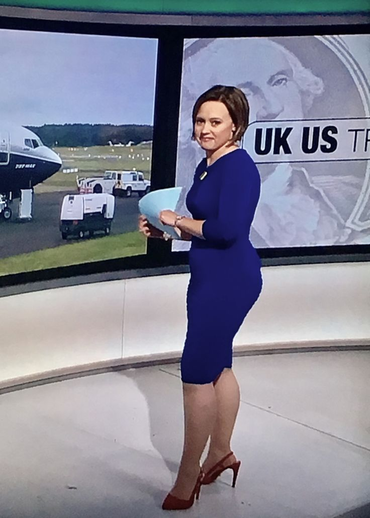 Sally Bundock  News And Weather In 2019  Sexy Older -3235