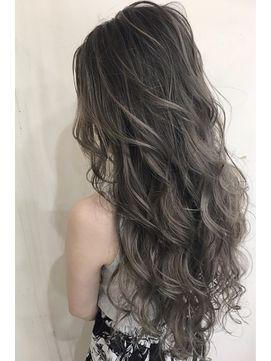 【BIZE-second-】~外国人風グラデーション×シルバーアッシュ~ - 24時間いつでもWEB予約OK!ヘアスタイル10万点以上掲載!お気に入りの髪型、人気のヘアスタイルを探すならKirei Style[キレイスタイル]で。