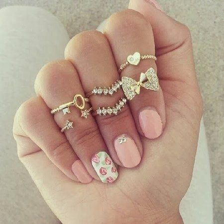 54 best feminine nails images on pinterest cute nails hair dos mix it up nails love the rings prinsesfo Image collections