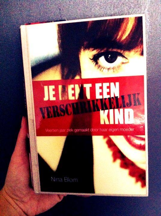 http://itisgoodinmyhood.blogspot.nl/2013/12/boekreview-je-bent-een-verschrikkelijk.html