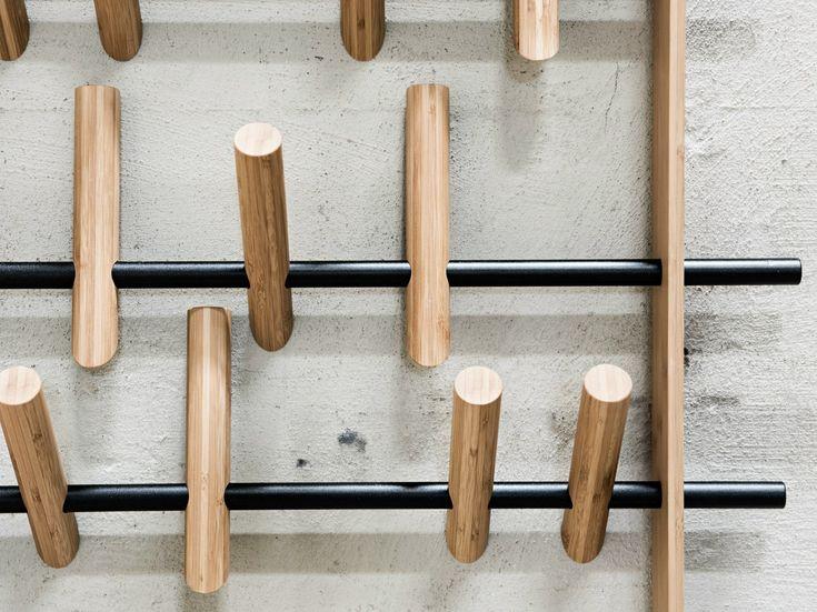 Perchero en bambú de pared COAT FRAME by We Do Wood diseño Sebastian Jørgensen