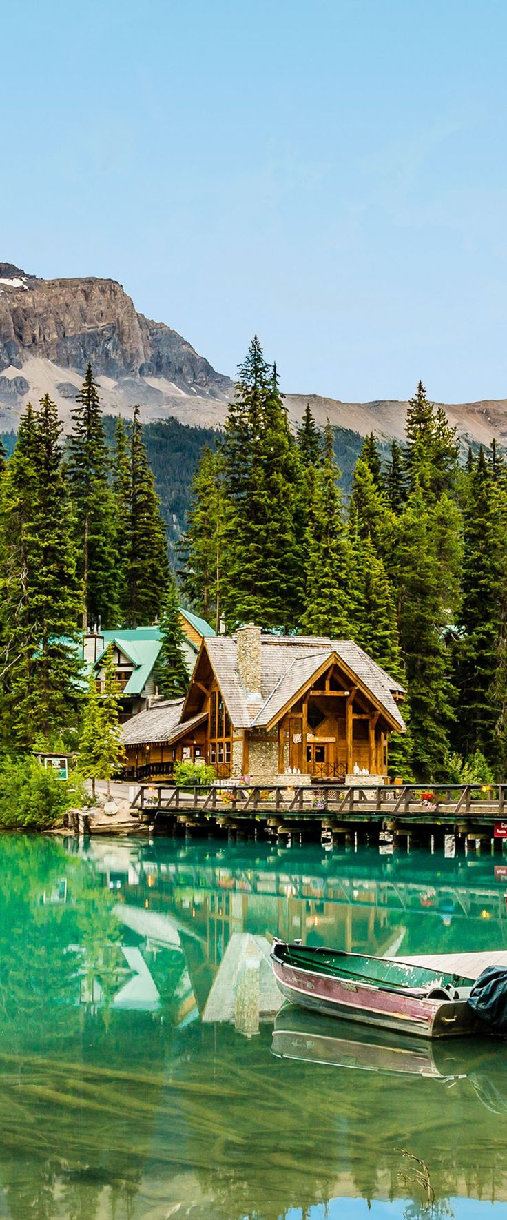 Can't wait to stay here during our upcoming trip! Emerald Lake Lodge | Rustic Resort