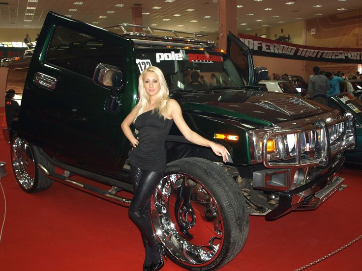 http://www.supercars.ro/images/4tuning_days2009/4tuning_days2009_pictures_30.jpg