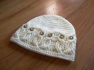 Crochet owl hat, it's so cute! She also has matching headband and scarf patterns too!
