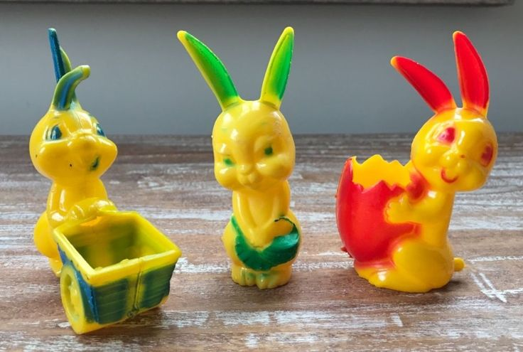 3 Vintage Rosbro Rosen Easter Hard Plastic Rabbit Bunny Toys 1950s candy holders