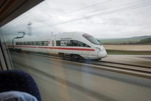 The cheapest train travel doesn't hinge only on a low ticket price. Find out 5 ways to find the best deals as budget travel takes you to the rails.