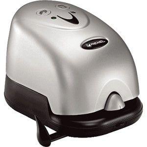 Grapadora eléctrica Rexel Polaris 1420 con adaptador incluido.  Capacidad de grapado: 20 hojas.  Utiliza grapas 26/6 - 24/6.