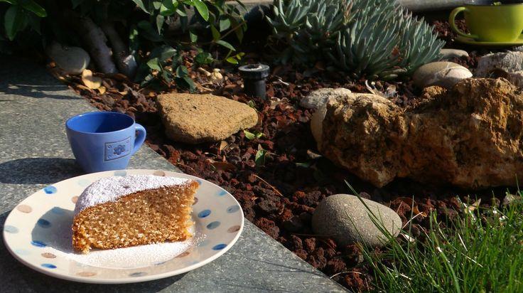 Torta+12+cucchiai+al+succo+di+melagrana