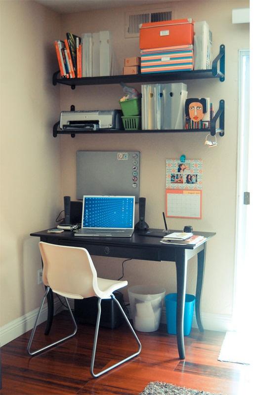 23 best small corner computer desk images on pinterest corner computer desks corner desk and. Black Bedroom Furniture Sets. Home Design Ideas
