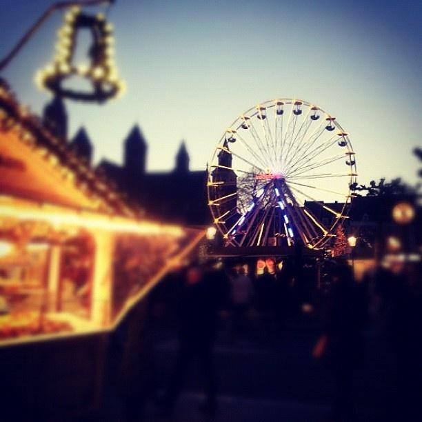 #kerstmarkt #maastricht - @lonmarijn- #webstagram